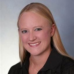 """<span style=""""font-size:2em; line-height: 1.5;"""">Anne Fisher</span><br /><em>Sales Manager</em>"""